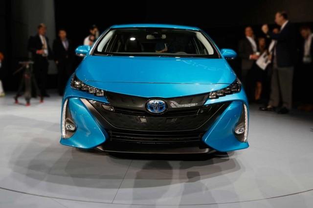 Toyota-Prius-Prime-frontal