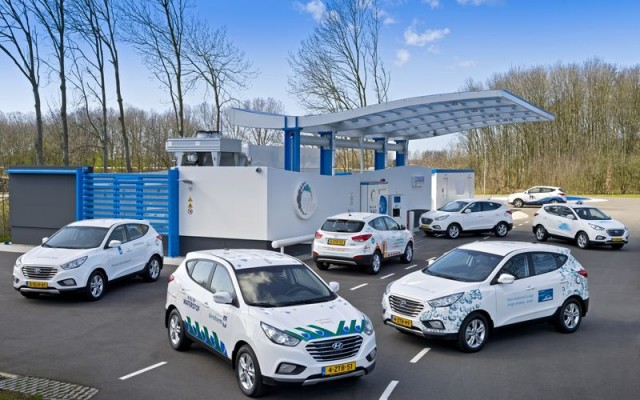 csm_1600-Hyundai_ix35_Fuel_Cell_vehicles_70ad289810