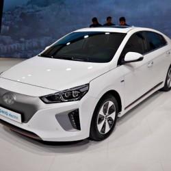 Hyundai confirma su hoja de ruta para los coches eléctricos. 250 kms en 2017, 320 kms en 2018 y 400 kms en 2020