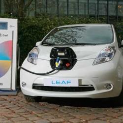 Nissan pondrá en marcha en Francia la mayor instalación de coches conectados a la red