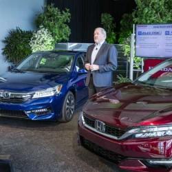 Honda confirma que el Clarity tendrá variantes a hidrógeno, híbrida enchufable y eléctrica