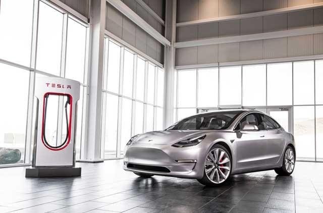 Tesla-model-3-2016-silver