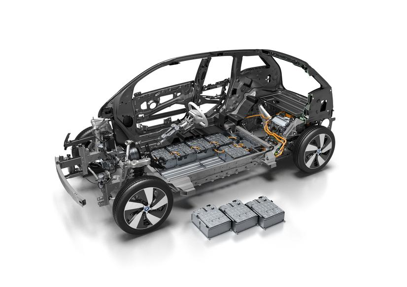 bmw-i3-cutaway-33-kwh-pack-modules