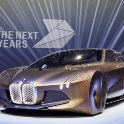 La amenaza de Tesla moviliza a los trabajadores de BMW. Quieren más inversión en el sector del coche eléctrico