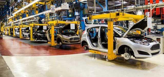 Después de desafiar al gobierno de Trump llevando la producción de su coche eléctrico a México, ahora Ford enfada a los sindicatos
