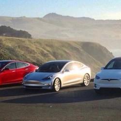 Tesla cierra su mejor trimestre hasta el momento, aunque sólo ha entregado 220 Model 3