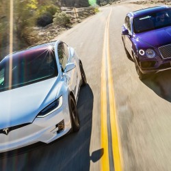 Tesla Model X P90DL contra Bentley Bentayga. La lucha por el trono al mejor SUV del mercado