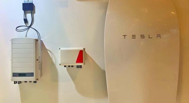 Una eléctrica norteamericana ofrece un descuento por instalar la batería para el hogar de Tesla