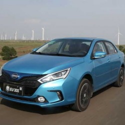 BYD Qin EV. Más de 300 kilómetros de autonomía real