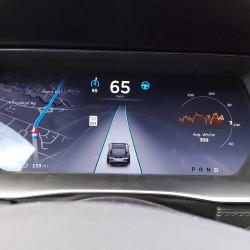 Tesla prepara la actualización 8.0 con nuevas funcionalidades de Autopilot