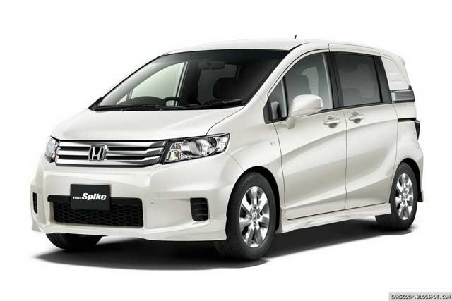 Honda-Freed-Spike-27