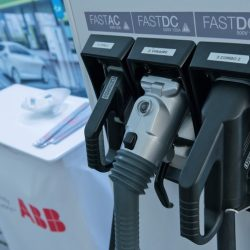 ABB instalará 200 puntos de recarga rápida en gasolineras de Argentina