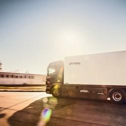 Bombardier prueba con éxito un sistema de carga inalámbrica dinámica