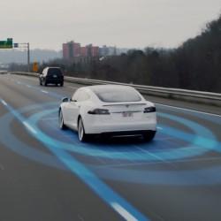 El Autopilot de segunda generación podría reducir los accidentes en un 90%, según Elon Musk