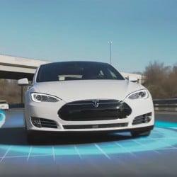Para los expertos, Tesla ya ha ganado la carrera por el coche autónomo