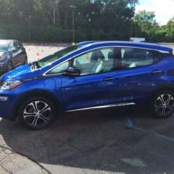 Las primeras pruebas con el Chevrolet Bolt nos permiten conocer nuevos detalles