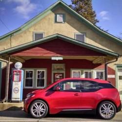 ¿Cuánto dura la batería de un coche eléctrico? En el caso del BMW i3, mucho
