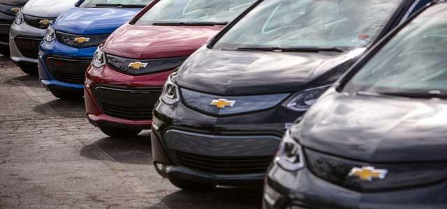 Aumentan las entregas del Chevrolet Bolt, pero todavía se siguen vendiendo más Volt