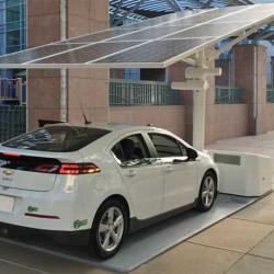 Envision Solar instala su primer punto de recarga solar y portátil en España