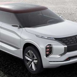 Mitsubishi GT-PHEV. Un híbrido enchufable con 120 kilómetros de autonomía eléctrica