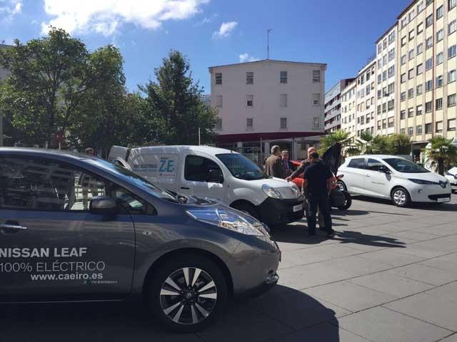 exposicion-coches-electricos-santiago-de-compostela-2016