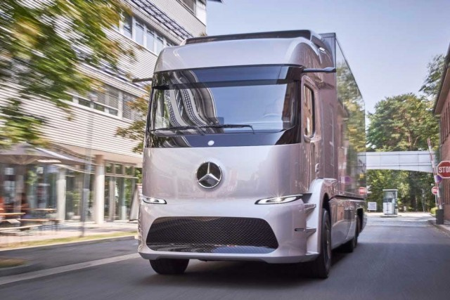 mercedes-urban-etruck-3