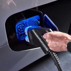 Mercedes adelanta tres años su programa de coches eléctricos ante el incremento de sus emisiones. Diez nuevos modelos antes de 2022
