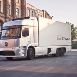 Mercedes presenta su camión eléctrico. Eficiencia y seguridad como bandera