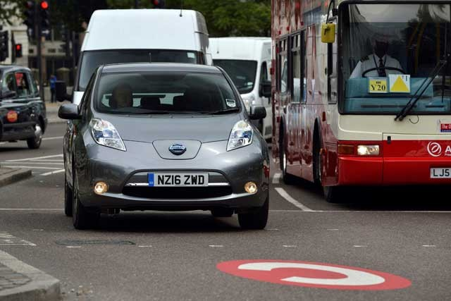 nissan-leaf-30-uber-london