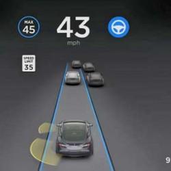 Tesla activa el Autopilot mejorado en toda su flota, pero avisa para extremar la precaución