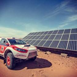 El Acciona 100% Ecopowered vuelve al desierto de África
