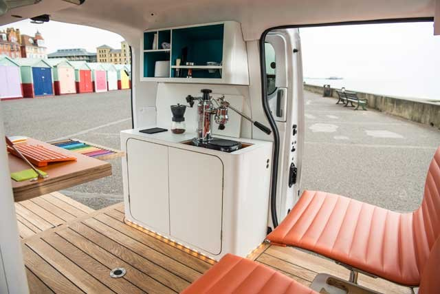 nissan_e_nv200_workspace-3