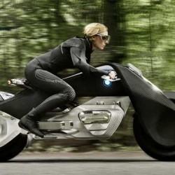 BMW presenta una moto eléctrica con sistema de auto equilibrado. ¿Primer resultado de un acuerdo con Lit Motors?