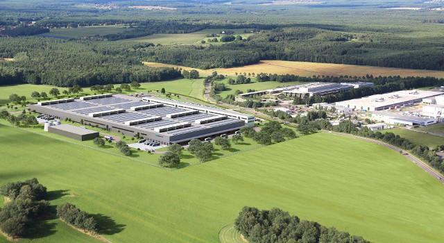 Mercedes tendrá 5 fábricas de baterías para el 2019