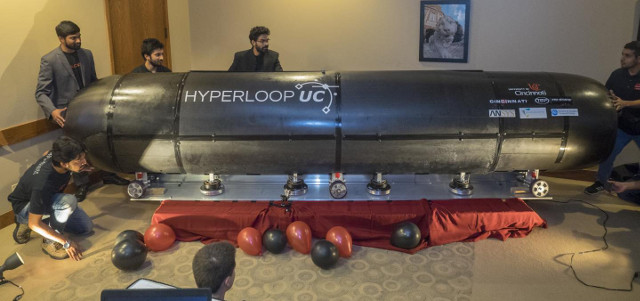 hyperloop-uc-pod-e1477051459975