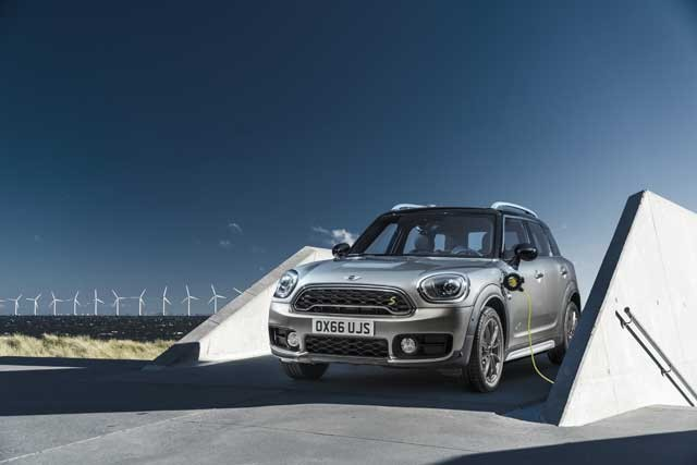 mini-cooper-s-e-countryman-all4
