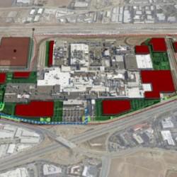 El curioso caso de la fábrica de Tesla. Espacio para 500.000 unidades, pero totalmente llena con una producción de 80.000