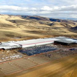 Tesla revela más detalles sobre la Gigafábrica: pack de baterías del Model 3, mayor instalación solar sobre cubierta del mundo…