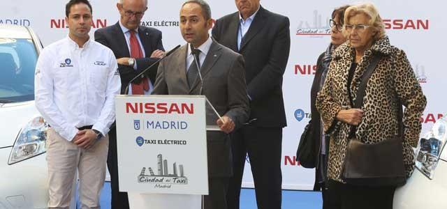 Nissan entrega las primeras 25 unidades del LEAF a la Ciudad de Taxi de Madrid
