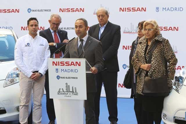 nissan-ayuntamiento-de-madrid-nissan-leaf-ciudad-del-taxi