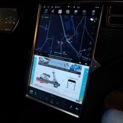 Tesla lanza una actualización de software con un nuevo modo de aceleración: Chill