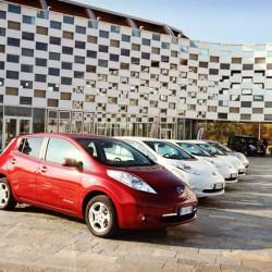 Nissan complementará el MOVEA 2017 con un descuento de 4.500 euros adicionales para el LEAF, y 2.000 euros para la e-NV200