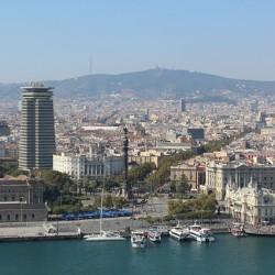 Barcelona prohibirá el acceso a los coches más contaminantes en los días de mayor concentración de partículas. En 2020 prohibición permanente