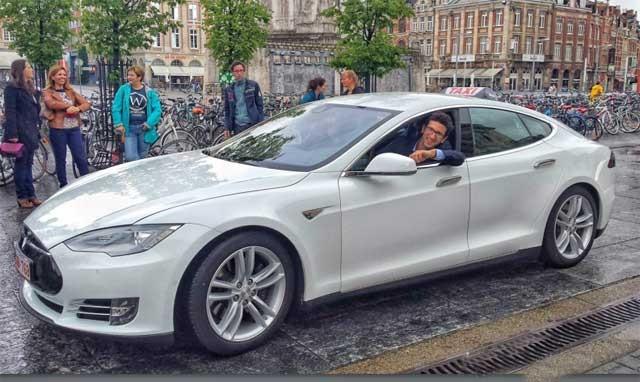belgica-taxis-electricos-2