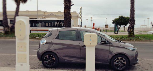 España necesita invertir 650 millones de euros anuales hasta 2030 en el sector del coche eléctrico, para cumplir con los objetivos de emisiones