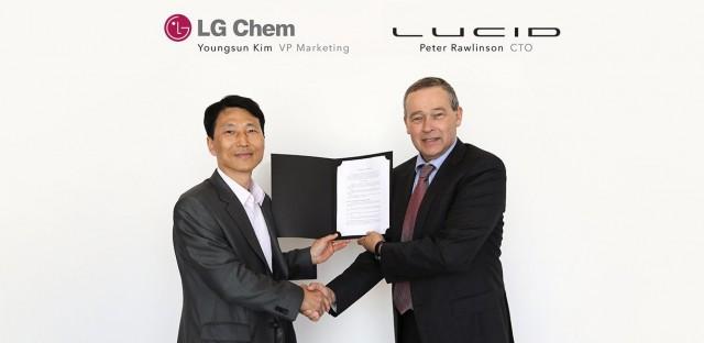 lg-signing-ceremony-blog-e1482179801273
