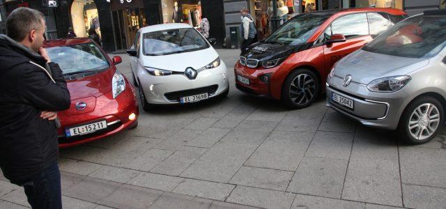 Qué tener en cuenta a la hora de comprar un coche eléctrico: Autonomía, tiempos de recarga, precios…