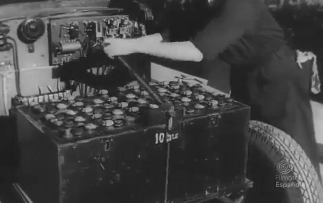 taxi-electrico-barcelona-1943-2