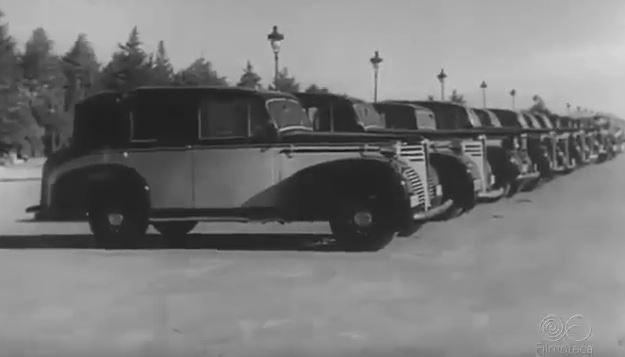 taxi-electrico-barcelona-1943