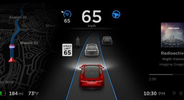 Primeras experiencias con la última actualización de Autopilot 2.0 de Tesla (Vídeo)